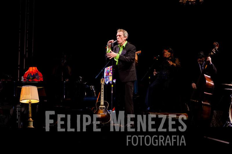Hugh Laurie_Site_027.jpg