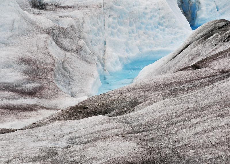 ALS_1823-Glacier-stream.jpg
