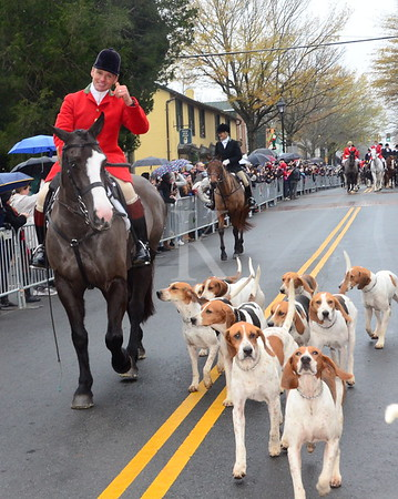 Middleburg Hunt Review and Christmas Parade 2018