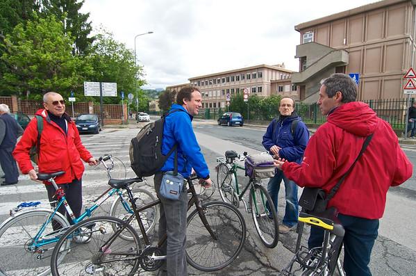Mobilità sostenibile: in bici da Reggio Emilia a Pinerolo - Pinerolo, Piazza San Donato, sabato 25 maggio 2013