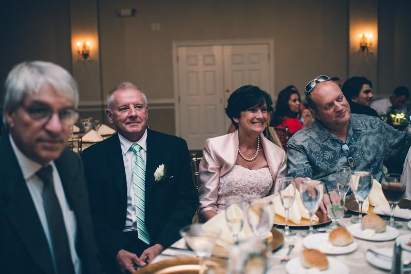 Philadelphia Wedding Photographer - Bernreuther-573.jpg