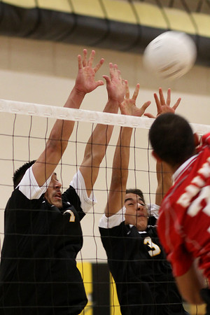 2009-04-16 Boy's Highschool Volleyball - Palma at Watsonville