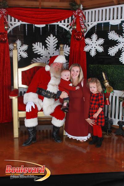 Santa 12-17-16-372.jpg