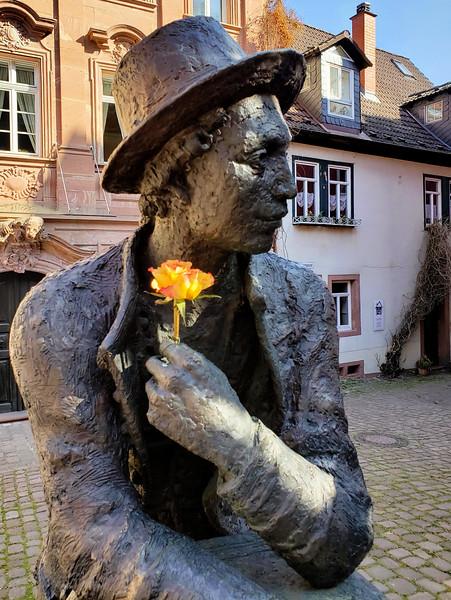 Miltenberg - Statue.jpg
