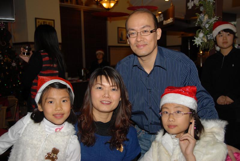[20101225] Christmas Party 2010 @ Malacca Legend (26).JPG