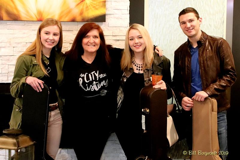 Justine, RyLee, Brenda, Travis - Global Nashville 03-19  0434.jpg