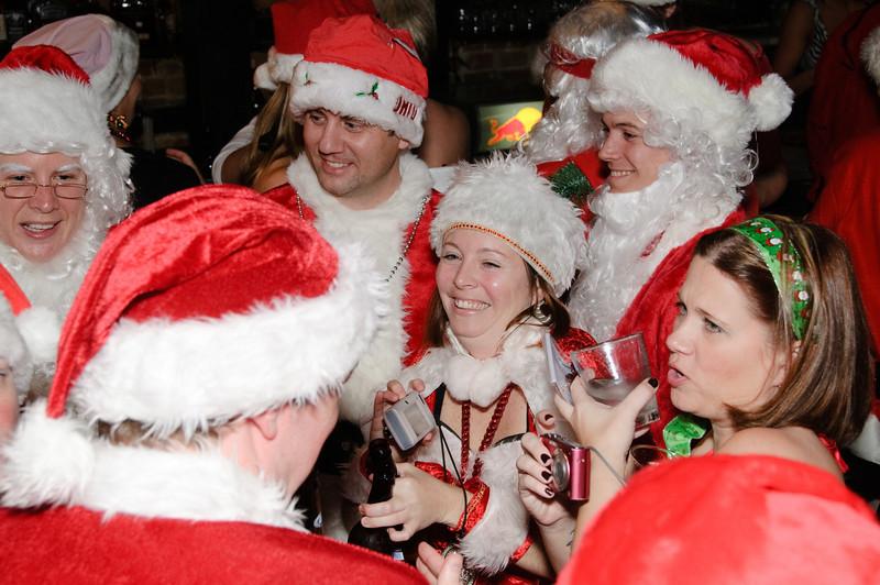 2009 ALS Santa Crawl-22.jpg