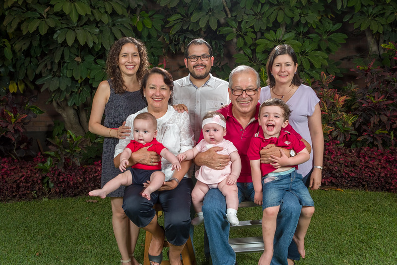 Sesión Familiar (Abril 2018)-17.jpg