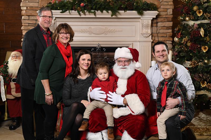 Santa2018.TylerBoye.-54.jpg