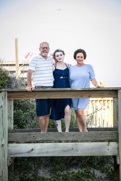Topsail Island Family Photos-105.jpg