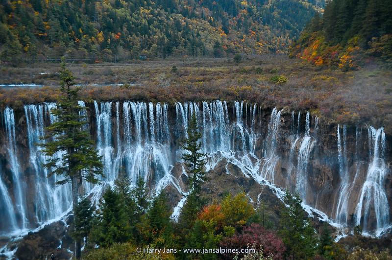 Sichuan,  Jiuzhaigou, Nuorilang Falls, 2365m