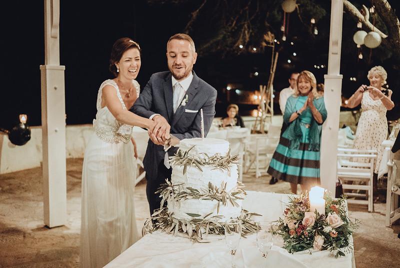 Tu-Nguyen-Wedding-Photography-Hochzeitsfotograf-Destination-Hydra-Island-Beach-Greece-Wedding-156.jpg