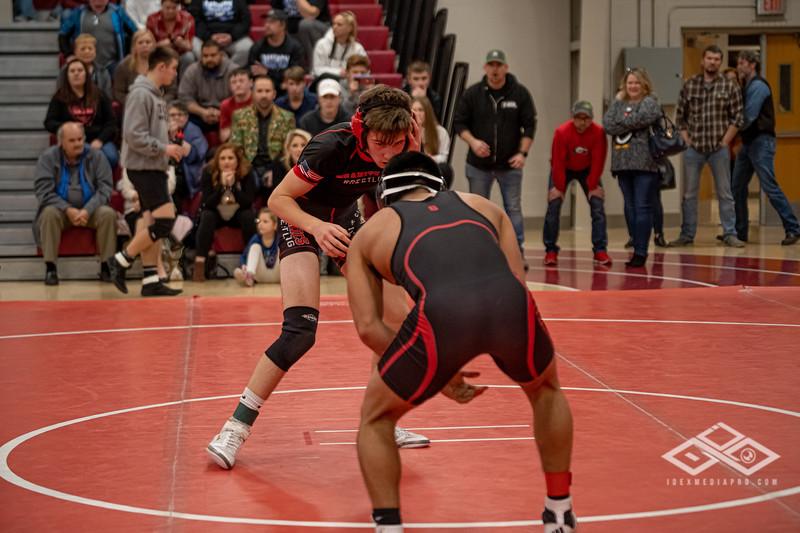 Wrestling at Granite City-09165.jpg