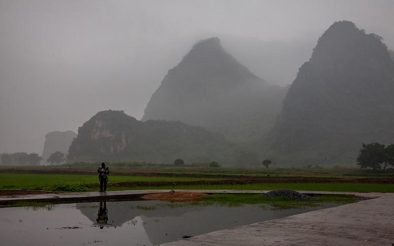 2012 china fisherman & old man w- cow-27.jpg