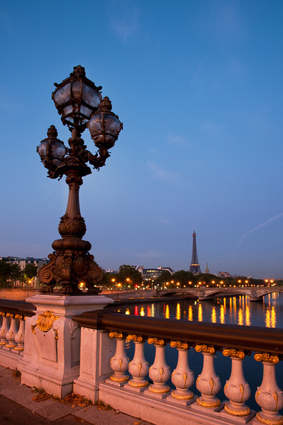 Dawn - looking west toward Eiffel Tower