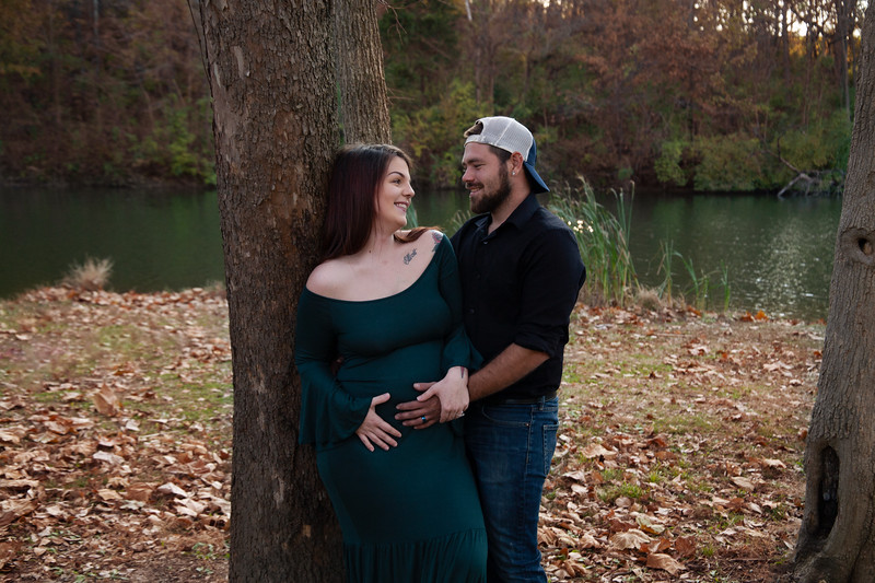 Lydia Wheat Maternity Session-19.jpg