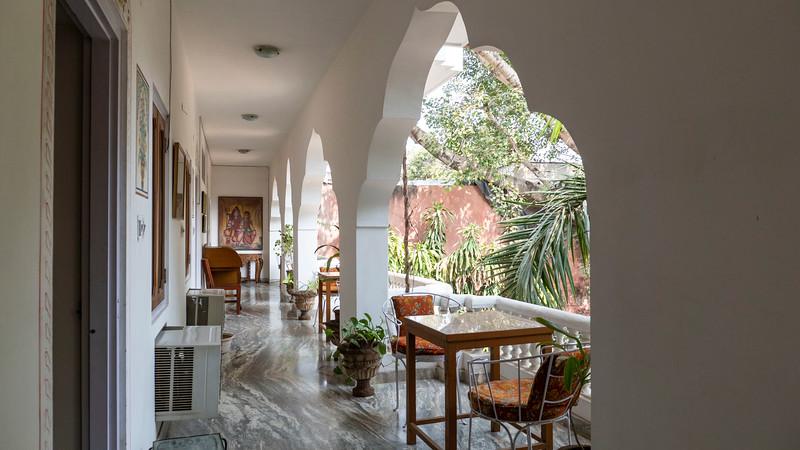 India-Jaipur-HotelShaharPalace05.jpg