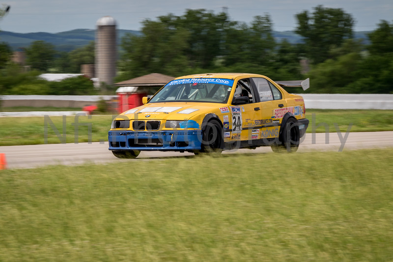Flat Out Group 1-192.jpg