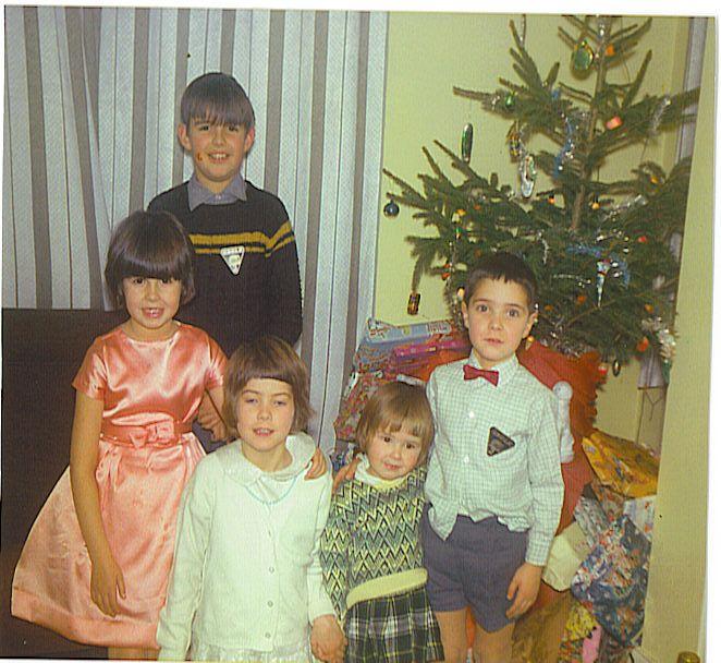 The kids xmas 1965.jpg