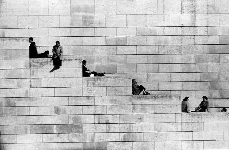 Famous Street Photographers - Robert Doisneau