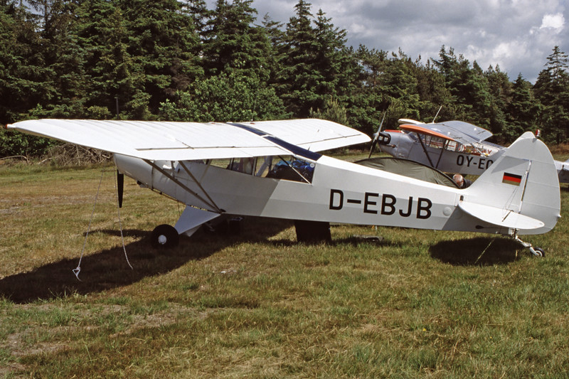 D-EBJB-PiperPA-18-135SuperCub-Private-EKVJ-1998-06-13-FC-17-KBVPCollection.jpg
