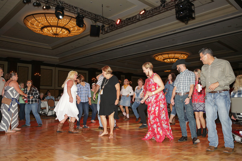 Banquet Dancing 205054.jpg
