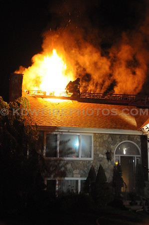 Wakefield, MA - 2nd Alarm - 2 Stone Way -