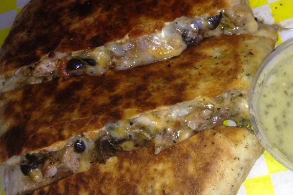 EatDrinkJax_taste_buds_express_quesadilla.jpg