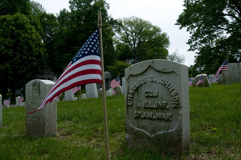 Memorial Day 2008 at Crown Hill Cemetary-2144.jpg
