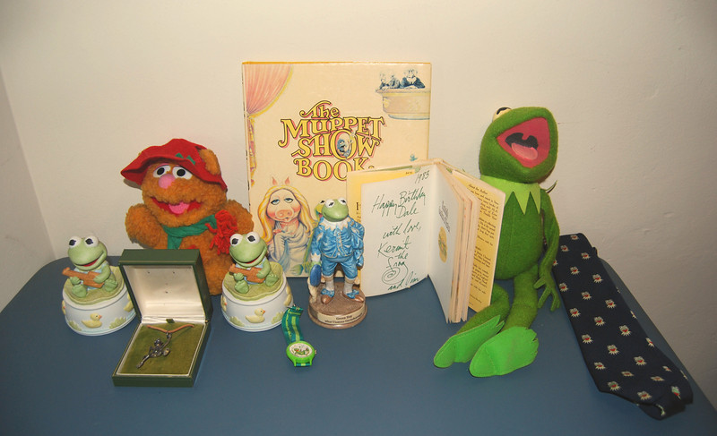 Collection of items that were on display at the Roy Rogers Museum