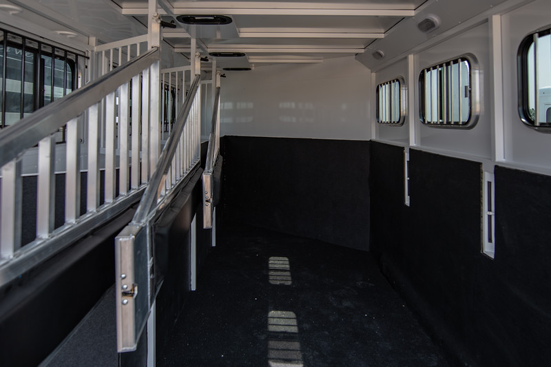 2019 TW Horse Trailers & Tack Rooms-60.jpg