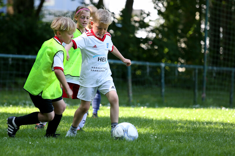 hsv_fussballschule-530_48048039947_o.jpg