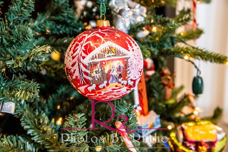 Leal_Christmas-26.jpg