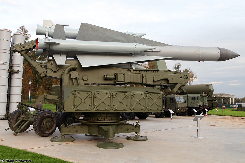 ЗУР 5В28 на пусковой установке 5П72В ЗРК С-200В Вега (5V28 SAM with 5P72V launcher S-200V Vega system)