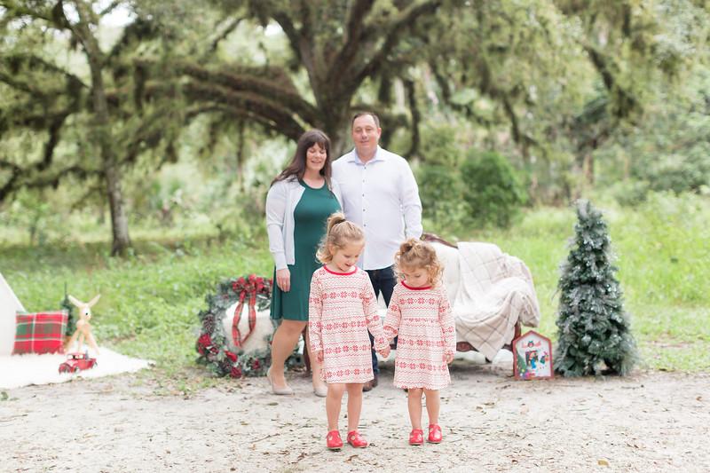 Holiday Minis- Bogie Family-9.jpg
