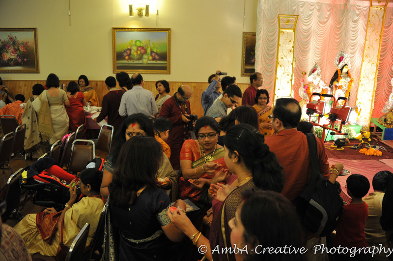 2013-10-13_DurgaPuja_Navami@KallolNJ_49.jpg