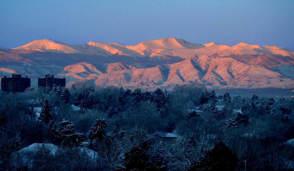 . An orange & blue Bronco sunrise on Superbowl Sunday! An omen to victory!