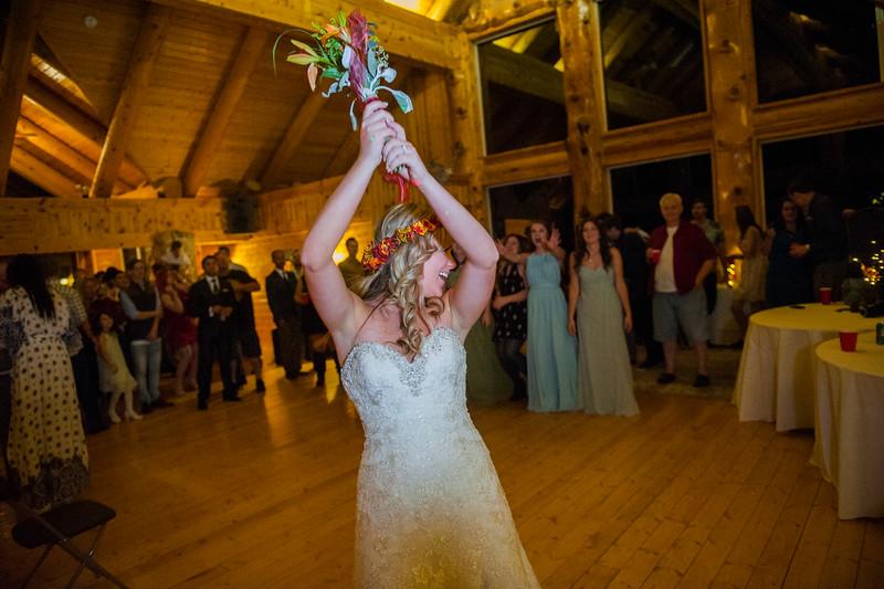Jodi-petersen-wedding-682.jpg