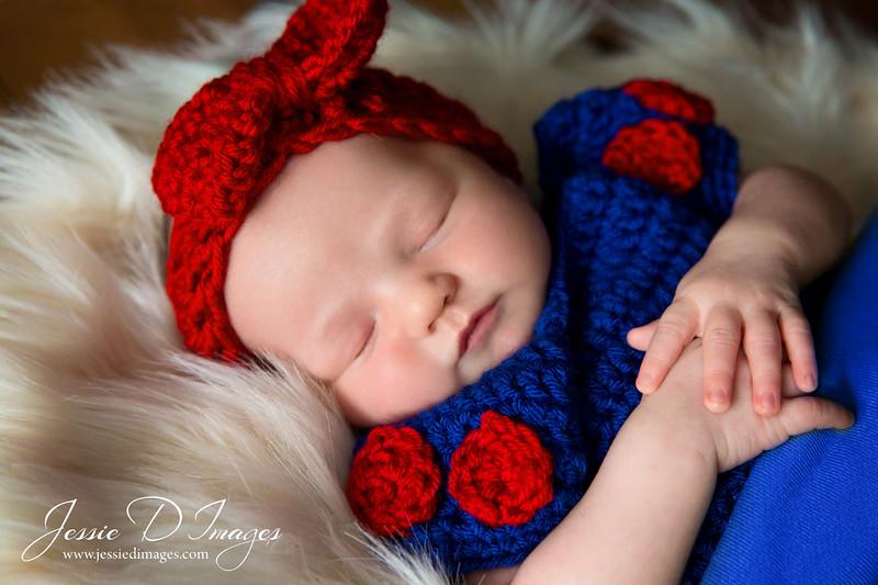 Jessie D images - snow white - disney princess - disney newborn.jpg