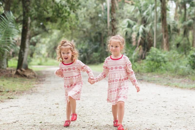 Holiday Minis- Bogie Family-49.jpg