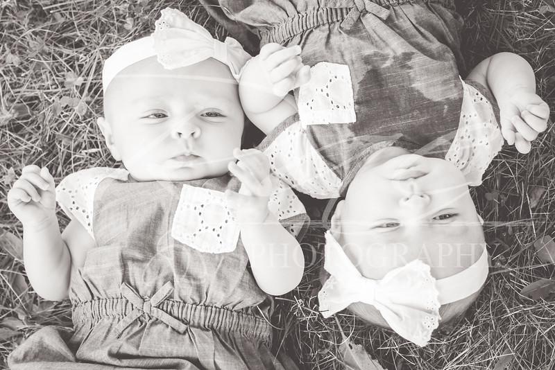 Twins3Months-125.JPG
