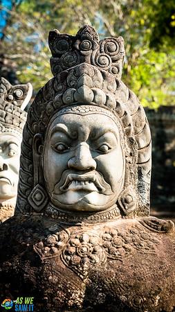 Angkor-Thom-01983.jpg