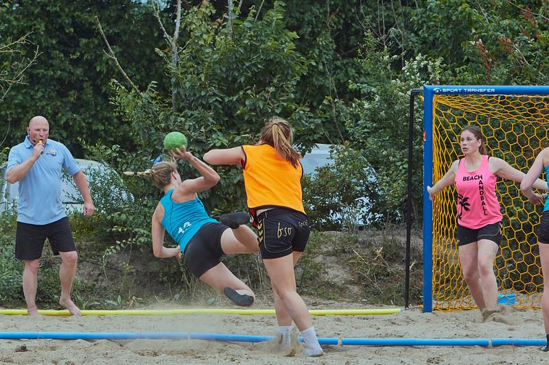 Molecaten NK Beach Handball 2015 dag 2 img 393.jpg