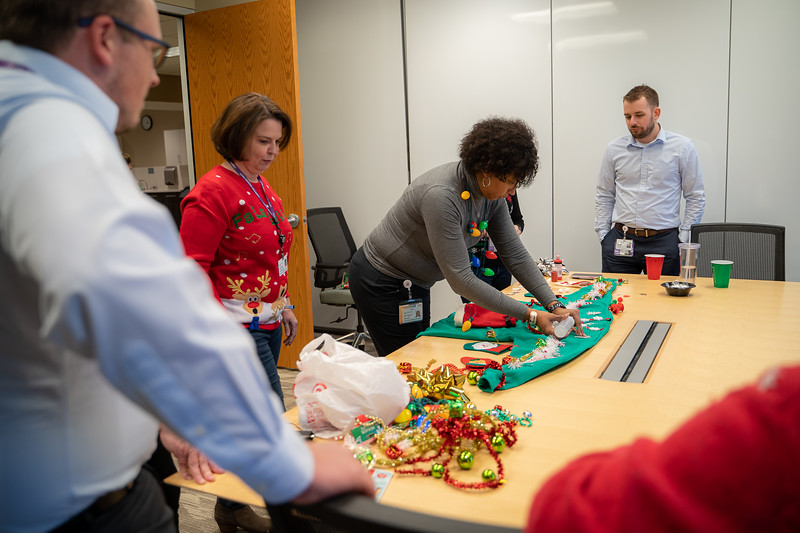 Resource Group Holiday Party 2019-00675.jpg