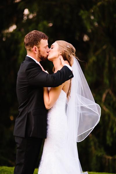 skylar_and_corey_tyoga_country_club_wedding_image-500.jpg