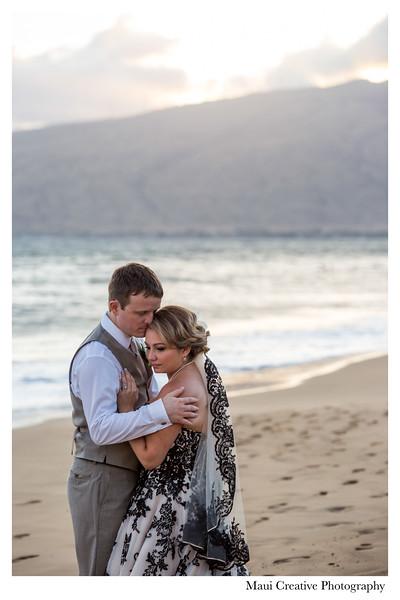 Maui-Creative-Destination-Wedding-0235.jpg