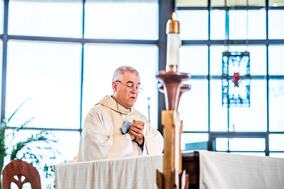 Communion at Saint Therese of Carmel 2021