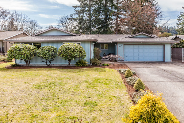 16739 SE Blossom Ave.  Milwaukie OR