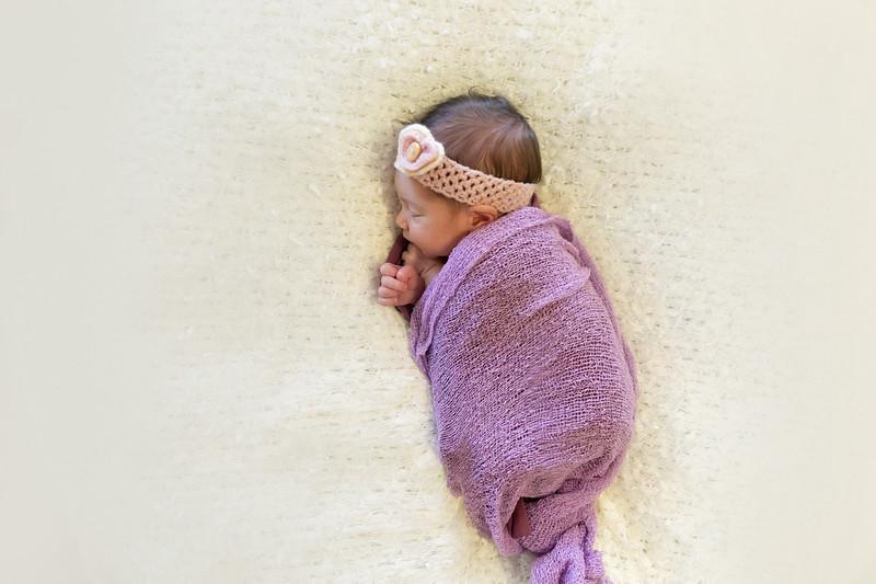 Newbornsession (14).JPG