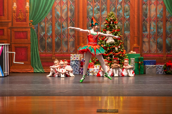 12 Elf Entrance --Seasons_Winter Variations